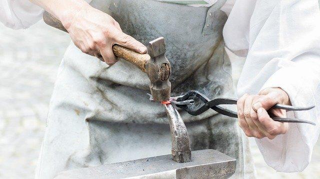 Ковка металла, чугуна, стали, железа. Горячая ковка и штамповка