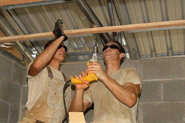 Монтаж короба из гипсокартона на потолок